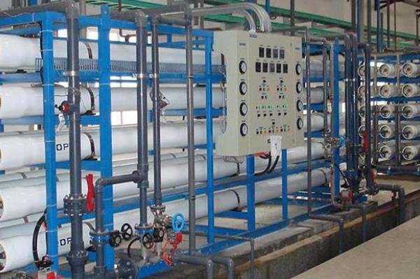 高硬度水膜阻垢剂森盛隆可依据水质调整配方